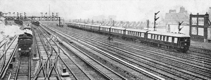 "The down ""Brighton Belle"" passing Clapham Junction"