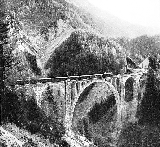 WIESEN BRIDGE on the Rhaetian Railways