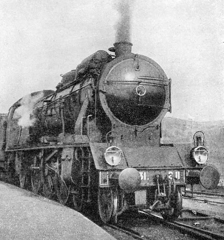 "The ""Rome Express"", headed by a ""Pacific"" locomotive"