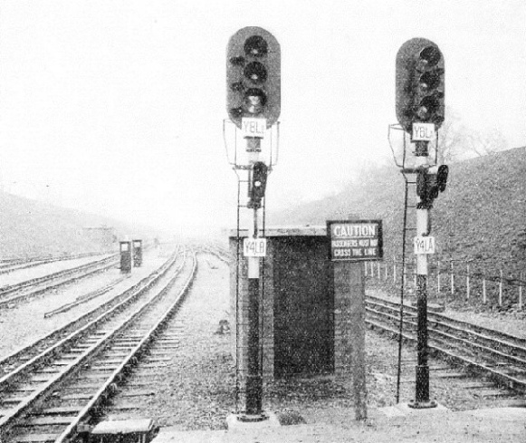 Remarkably interesting colour light signals at Stanmore