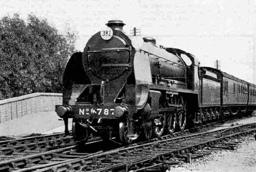 Southern Railway King Arthur class Locomotive No. E.787, Sir Menadeuke leaving Southampton West